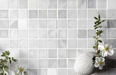 D1201 Glas och marmormosaik polerad vit