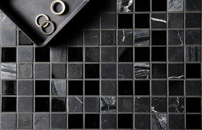 D1202 Glas och marmormosaik polerad svart